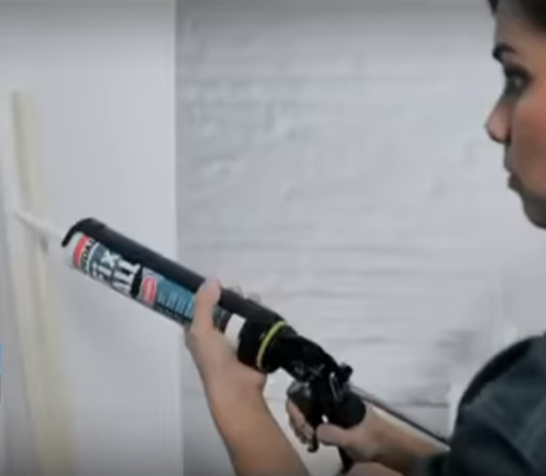 Soudal Fix All Flexi used on wall for preparation